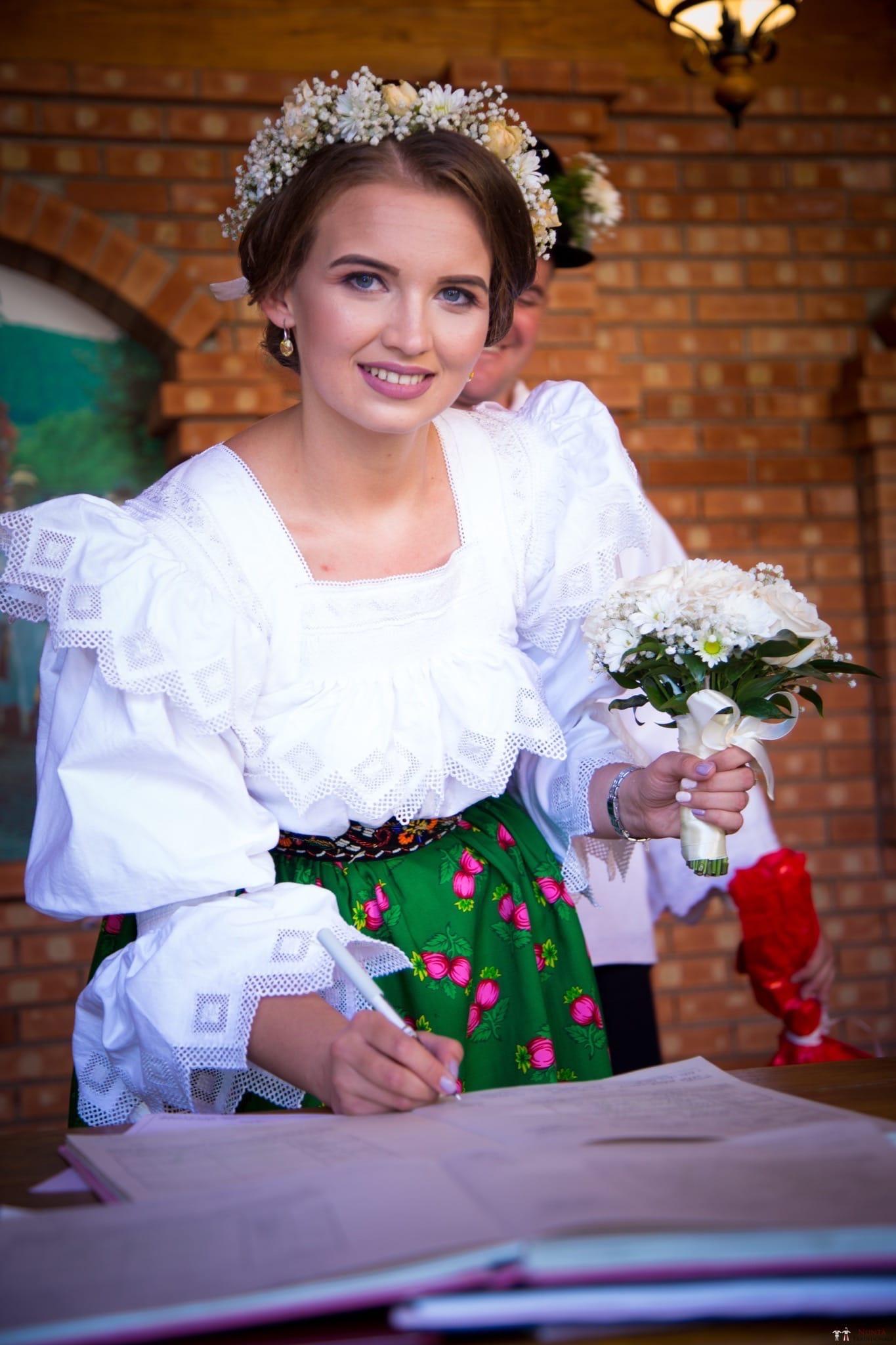 Povești Nunți Tradiționale - Ancuța și Nicu, cununie tradițională în Giulești, Maramureș 23
