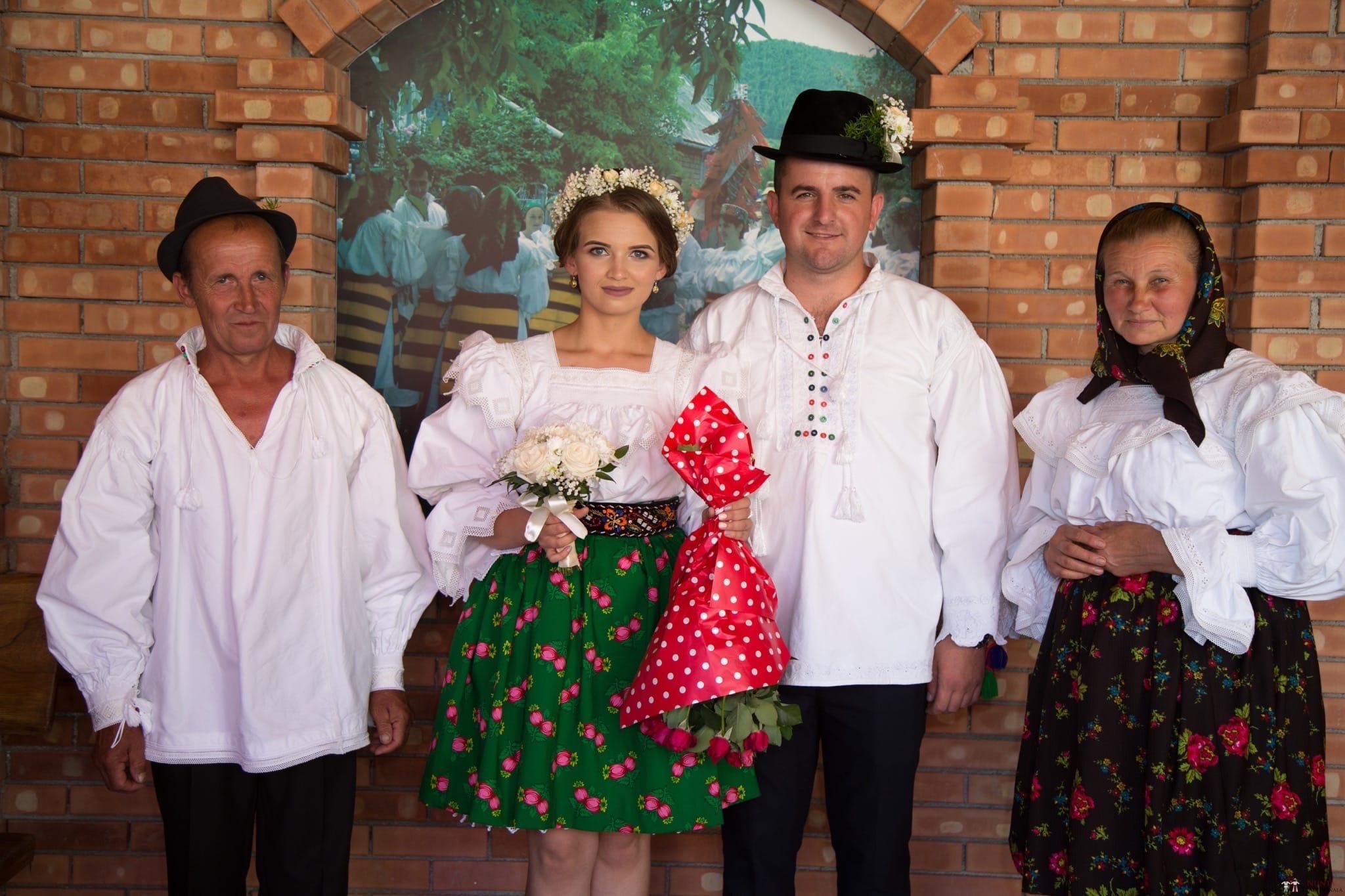 Povești Nunți Tradiționale - Ancuța și Nicu, cununie tradițională în Giulești, Maramureș 26