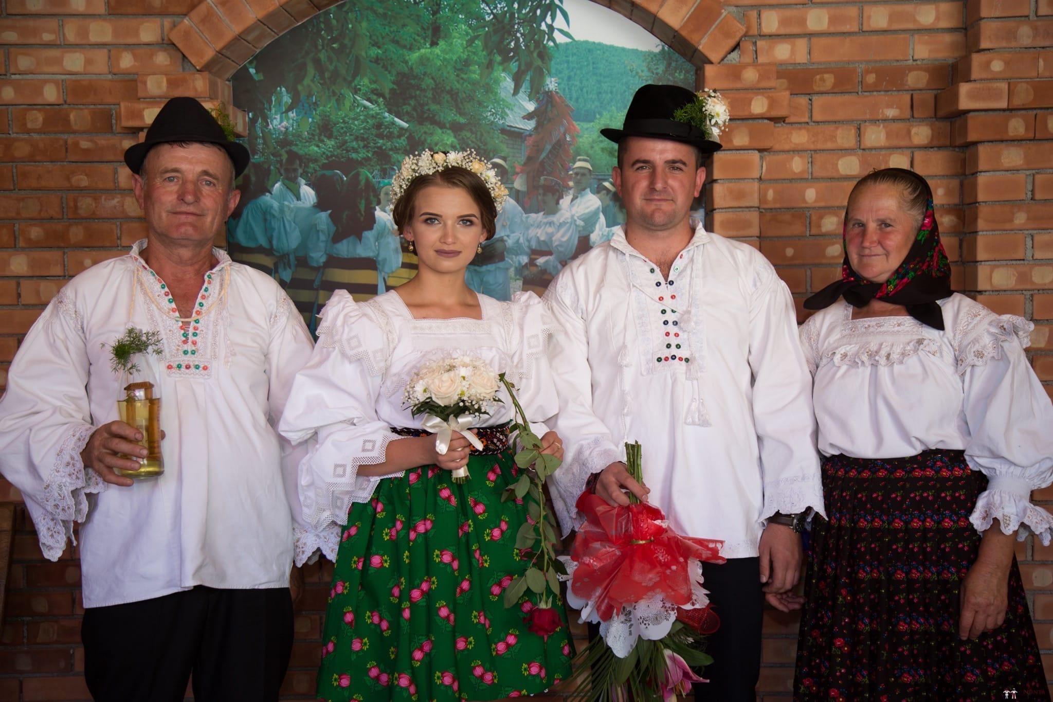 Povești Nunți Tradiționale - Ancuța și Nicu, cununie tradițională în Giulești, Maramureș 27