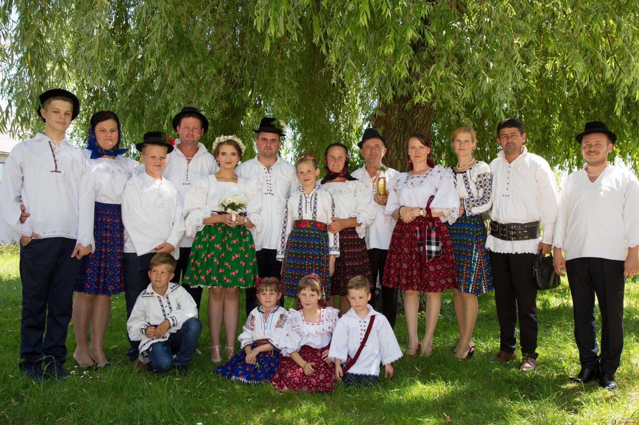 Povești Nunți Tradiționale - Ancuța și Nicu, cununie tradițională în Giulești, Maramureș 29