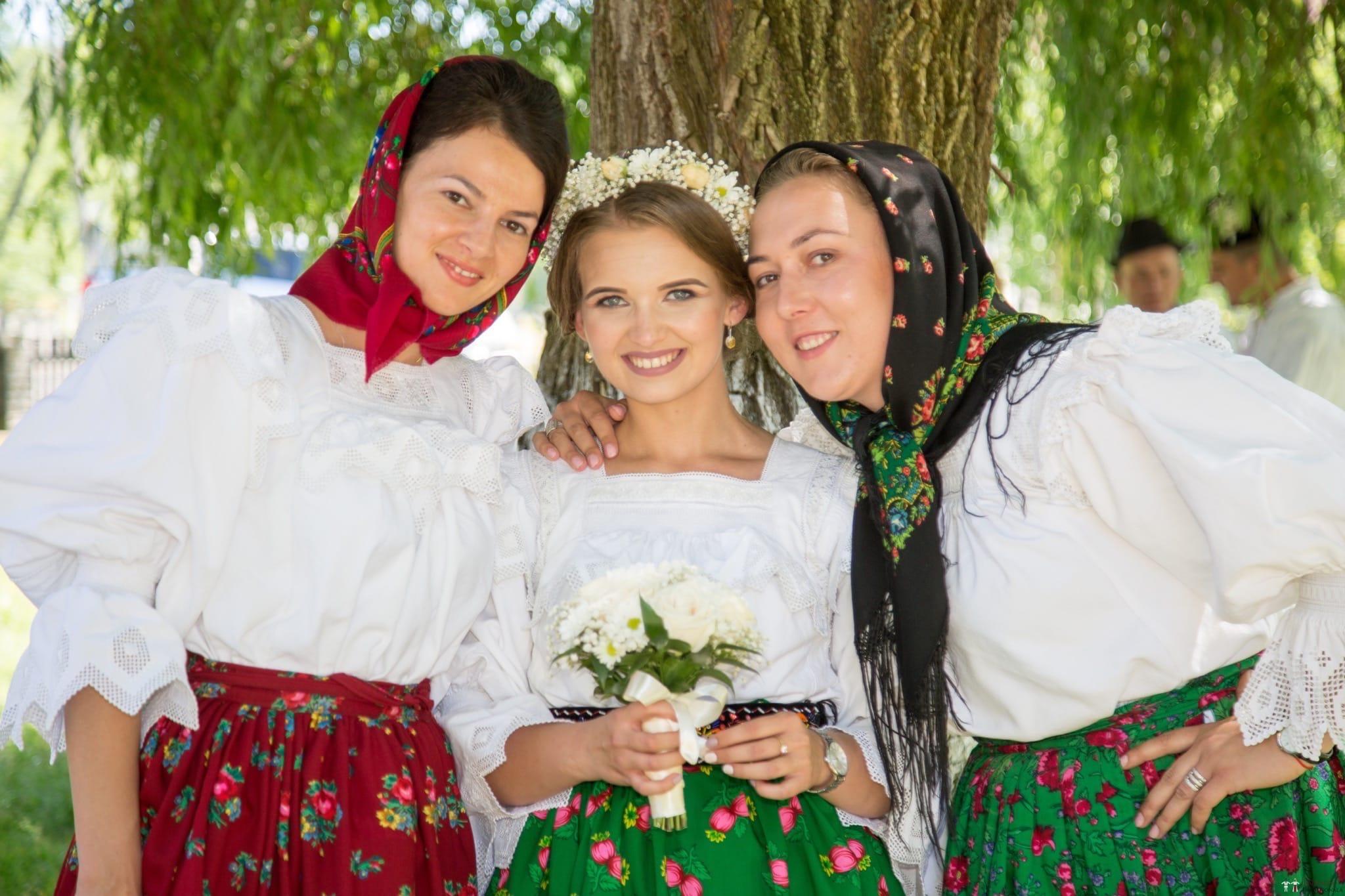 Povești Nunți Tradiționale - Ancuța și Nicu, cununie tradițională în Giulești, Maramureș 31