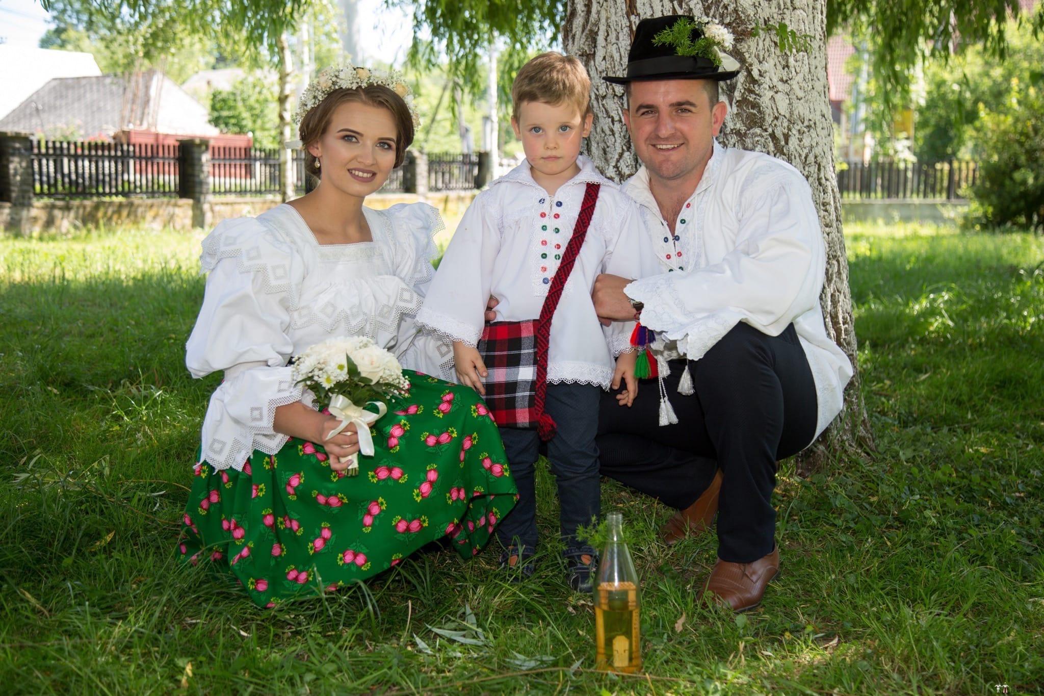 Povești Nunți Tradiționale - Ancuța și Nicu, cununie tradițională în Giulești, Maramureș 33