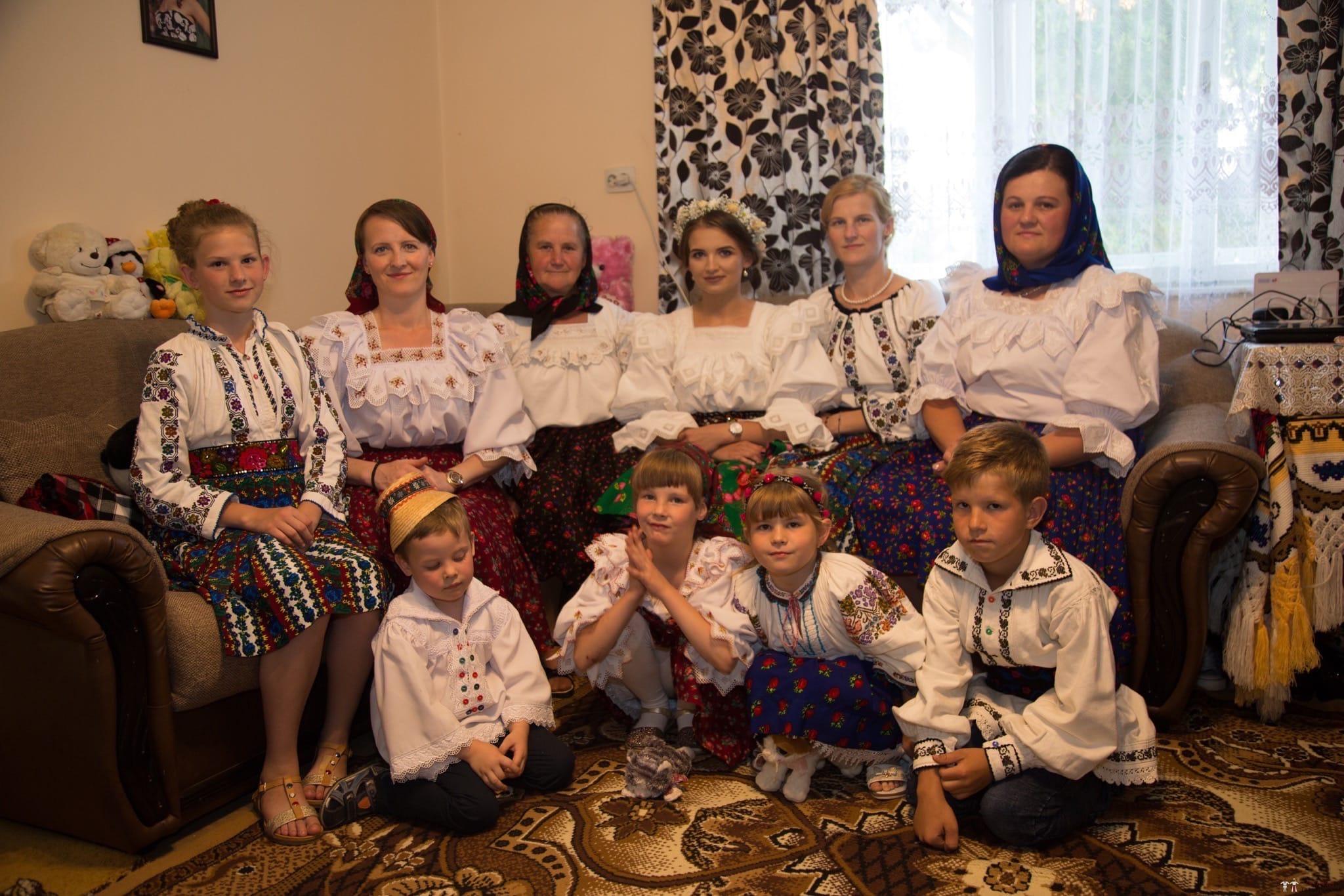 Povești Nunți Tradiționale - Ancuța și Nicu, cununie tradițională în Giulești, Maramureș 4