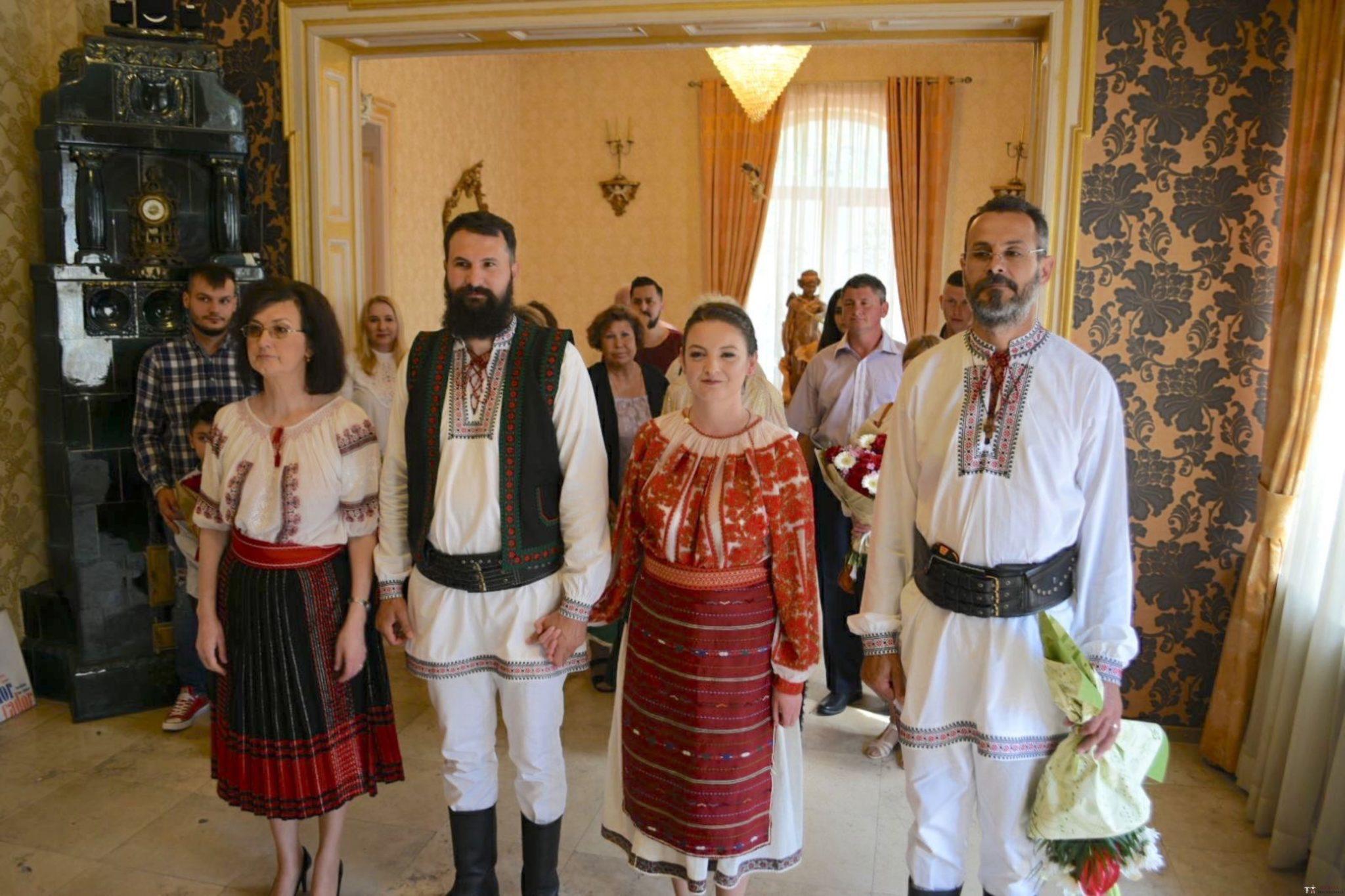 Povești Nunți Tradiționale - George Gabriel și Alexandra Buzatu, nuntă tradițională în Strejnicu, Prahova 12