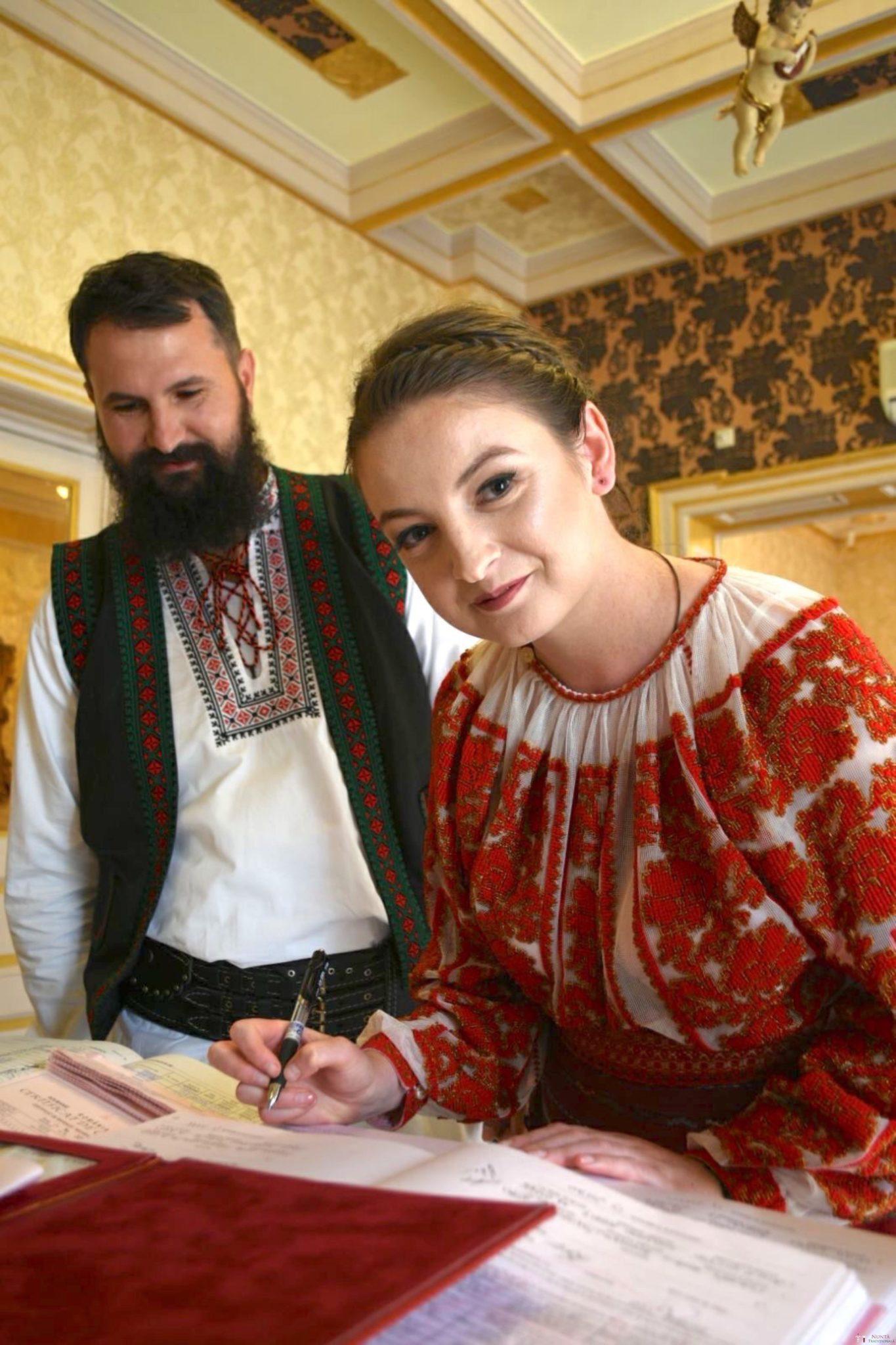Povești Nunți Tradiționale - George Gabriel și Alexandra Buzatu, nuntă tradițională în Strejnicu, Prahova 13