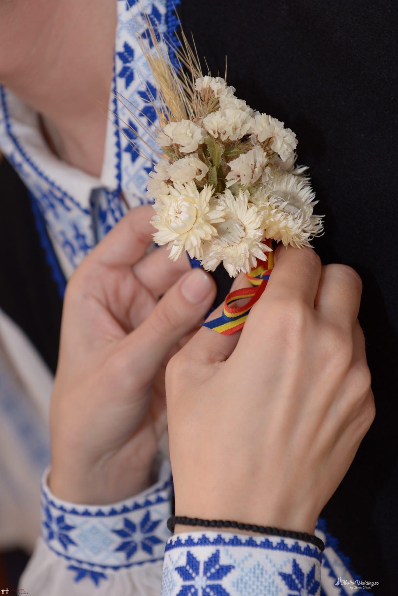 Povești Nunți Tradiționale - Alina-Maria și Ilie, nuntă tradițională în București 9