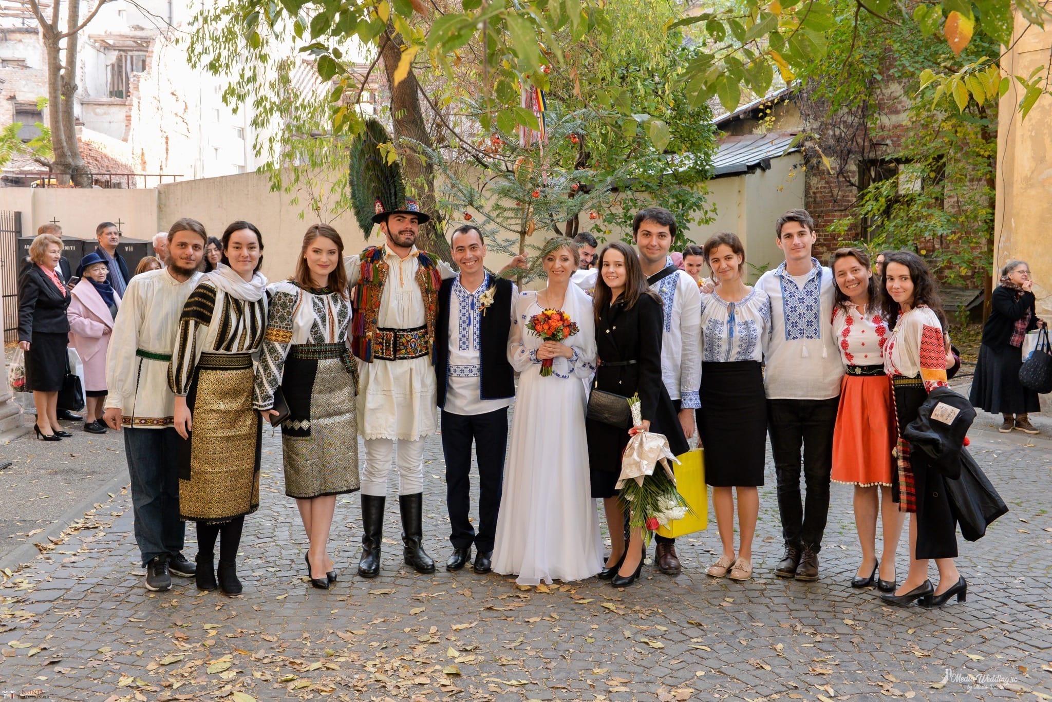 Povești Nunți Tradiționale - Alina-Maria și Ilie, nuntă tradițională în București 12