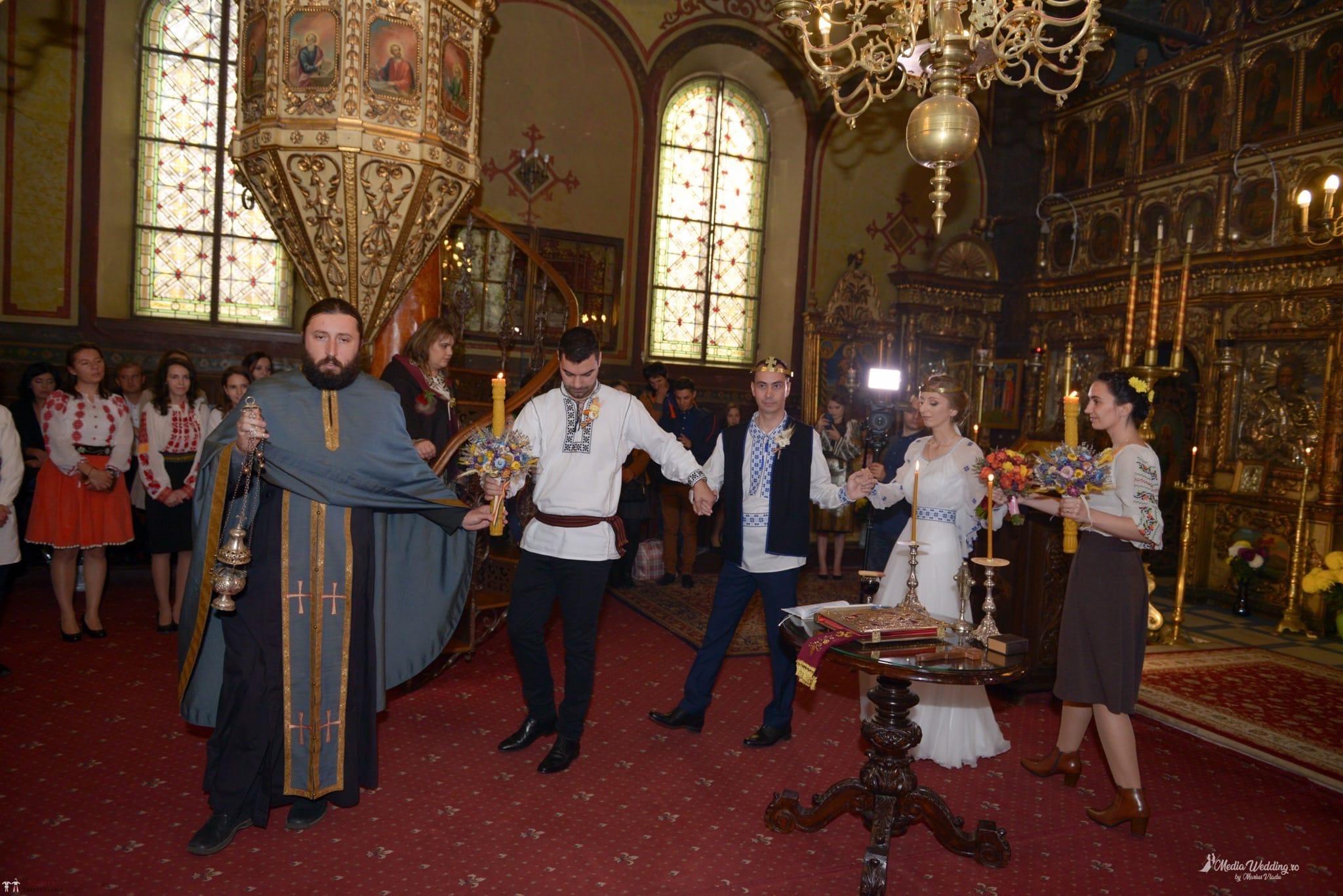 Povești Nunți Tradiționale - Alina-Maria și Ilie, nuntă tradițională în București 15