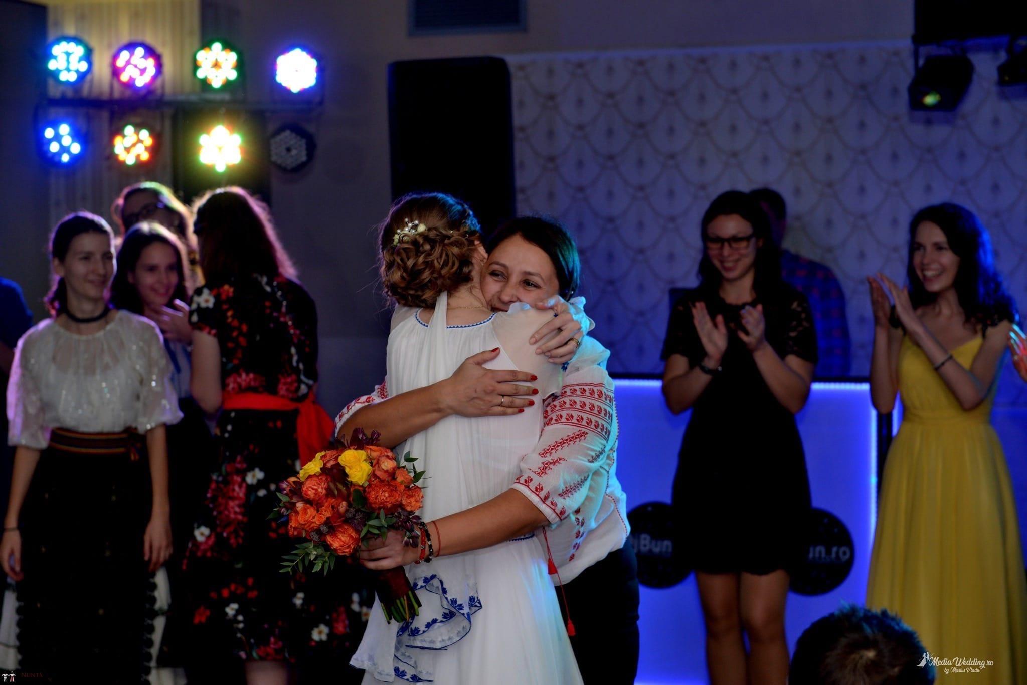Povești Nunți Tradiționale - Alina-Maria și Ilie, nuntă tradițională în București 38