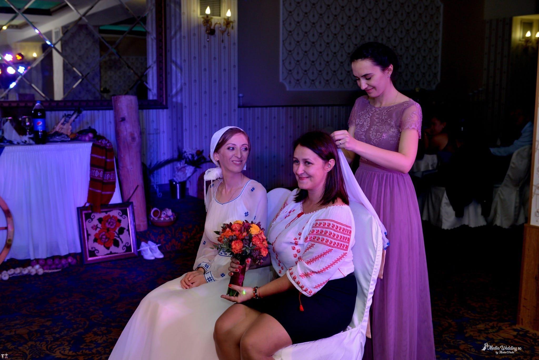 Povești Nunți Tradiționale - Alina-Maria și Ilie, nuntă tradițională în București 39