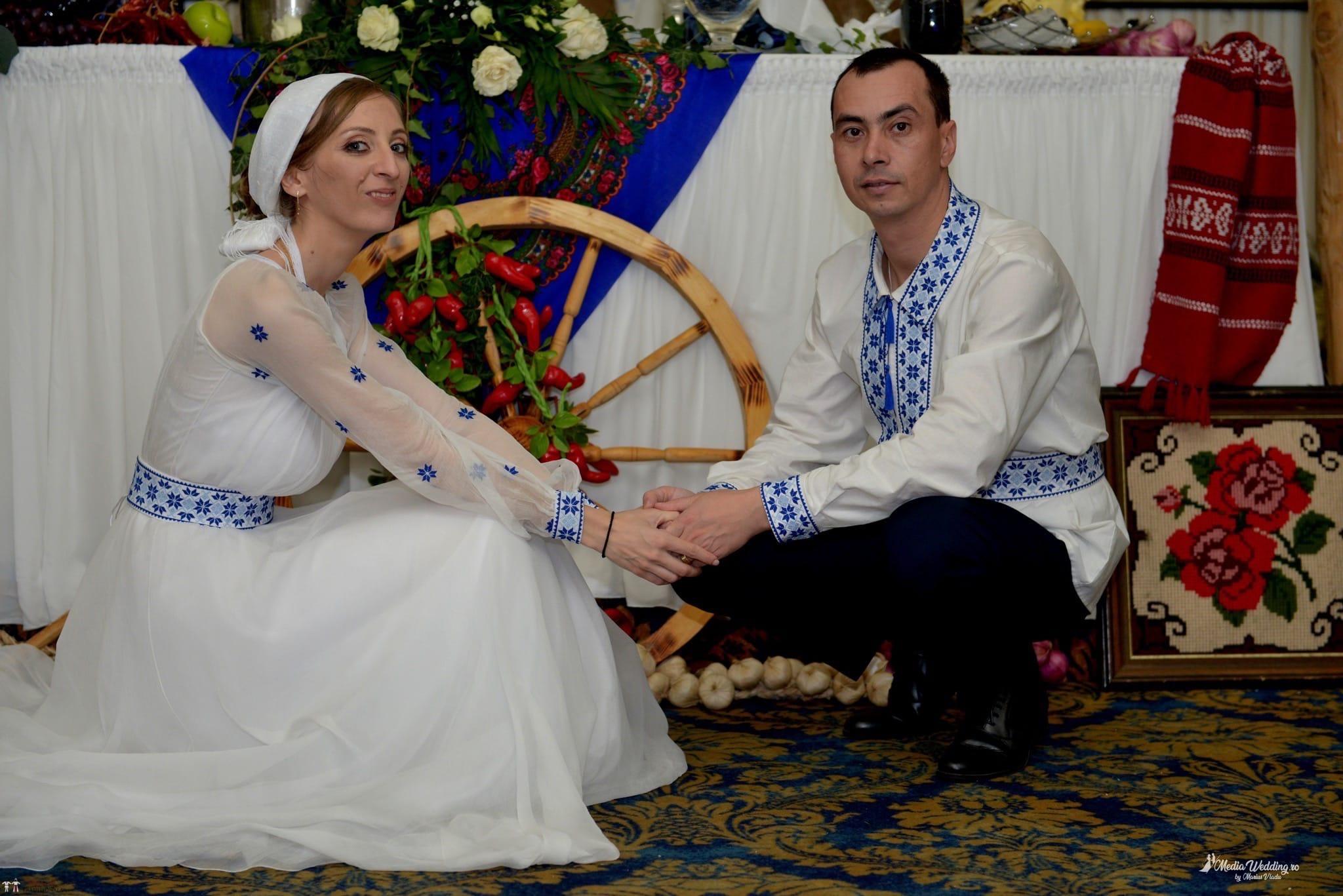 Povești Nunți Tradiționale - Alina-Maria și Ilie, nuntă tradițională în București 40