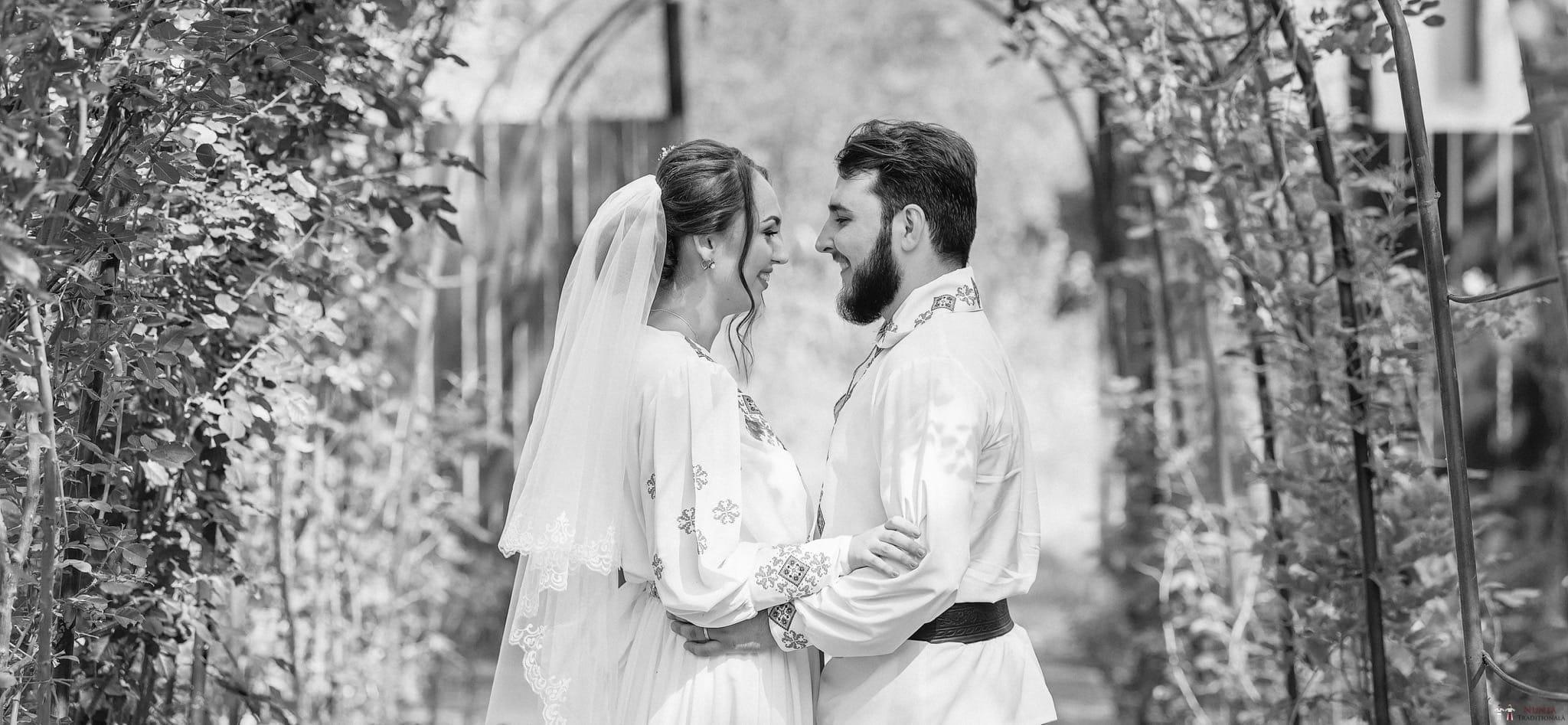 Povești Nunți Tradiționale - Daniela și Cristian, nuntă tradițională în Slobozia, Giurgiu 8