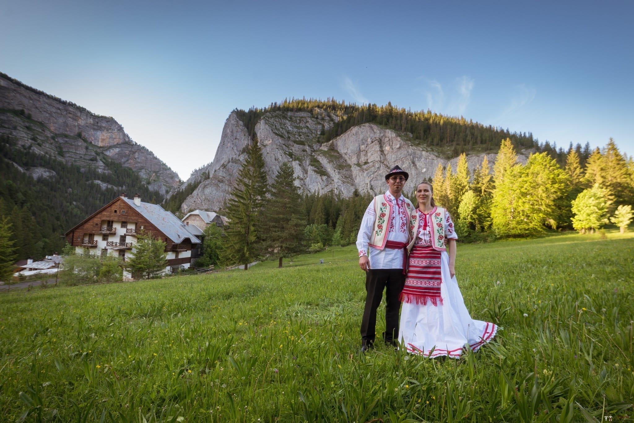 Povești Nunți Tradiționale - Anamaria și Ionuț-Mihai, nuntă în Târgu Ocna 9