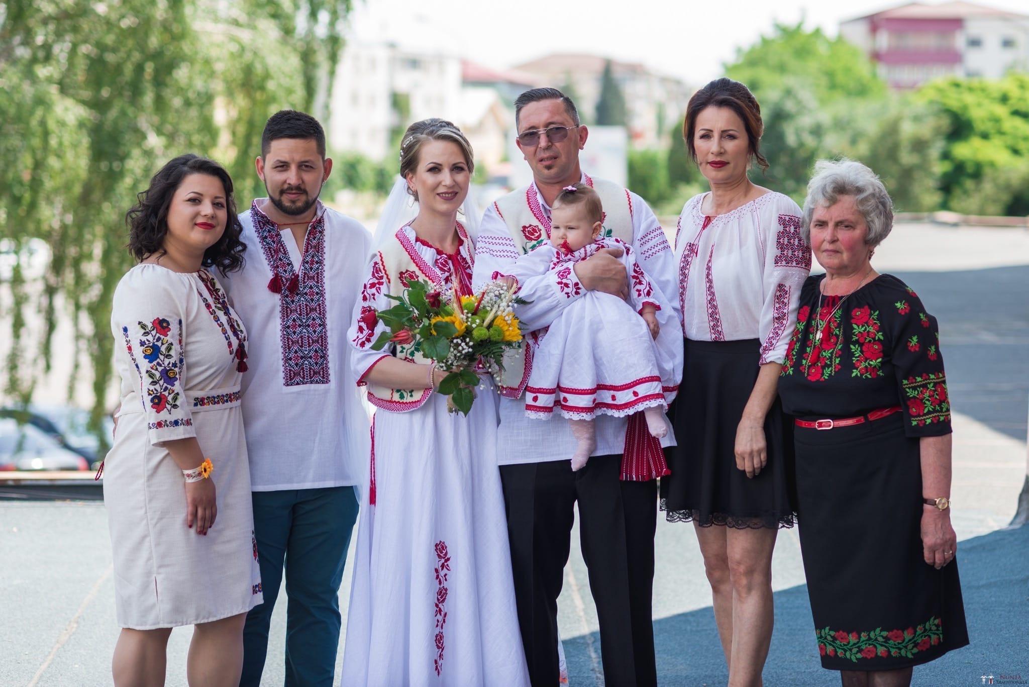 Povești Nunți Tradiționale - Anamaria și Ionuț-Mihai, nuntă în Târgu Ocna 11