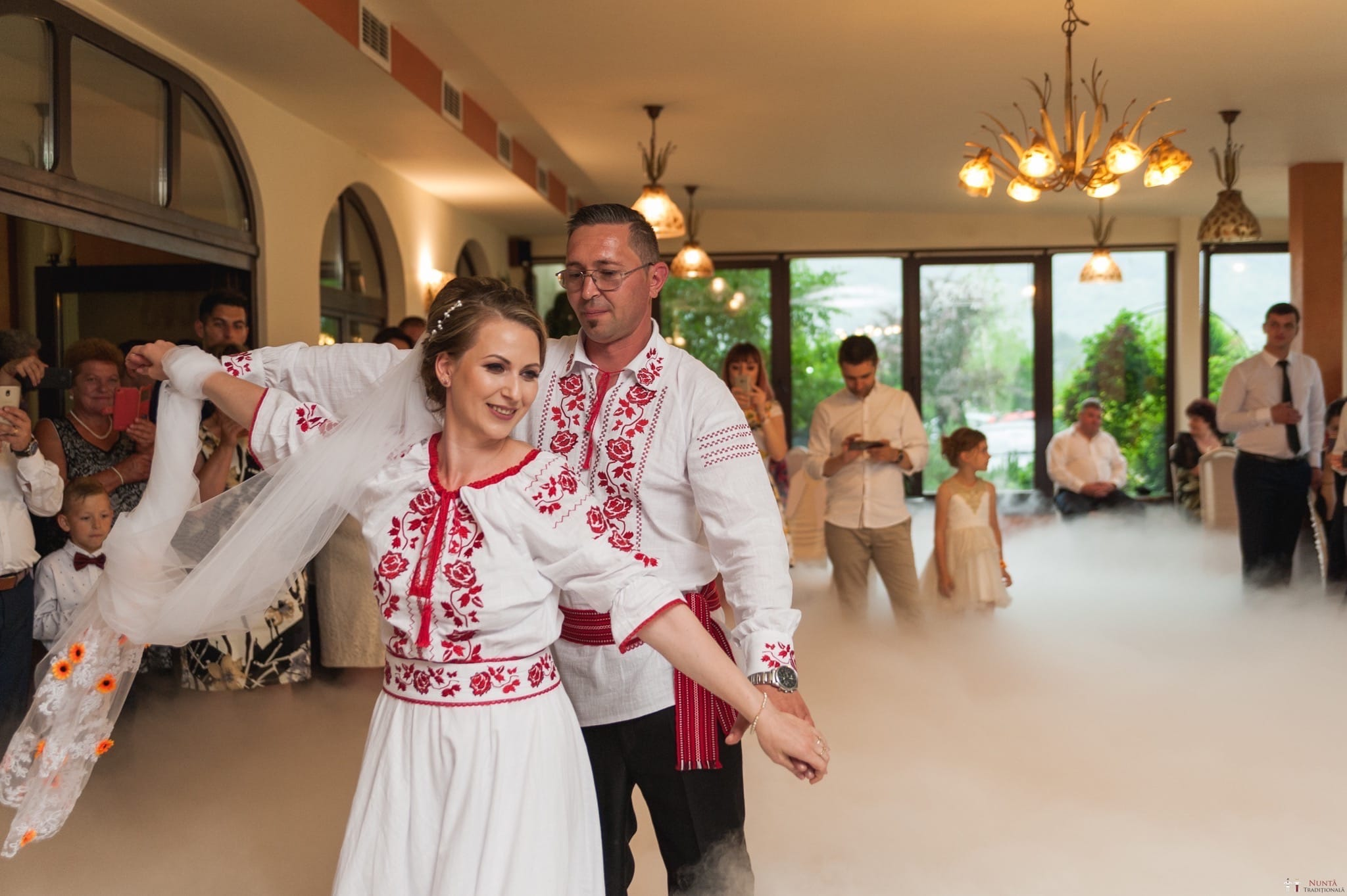 Povești Nunți Tradiționale - Anamaria și Ionuț-Mihai, nuntă în Târgu Ocna 25