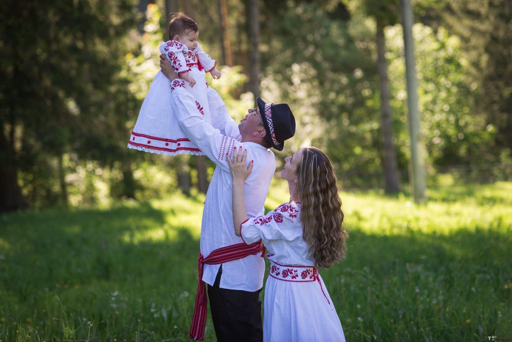 Povești Nunți Tradiționale - Anamaria și Ionuț-Mihai, nuntă în Târgu Ocna 6